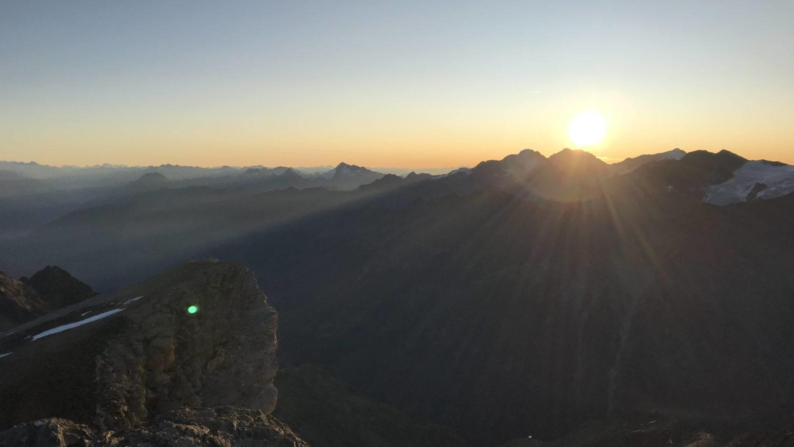 Barrhorn: l'un des plus haut sommet alpin en randonnée 1