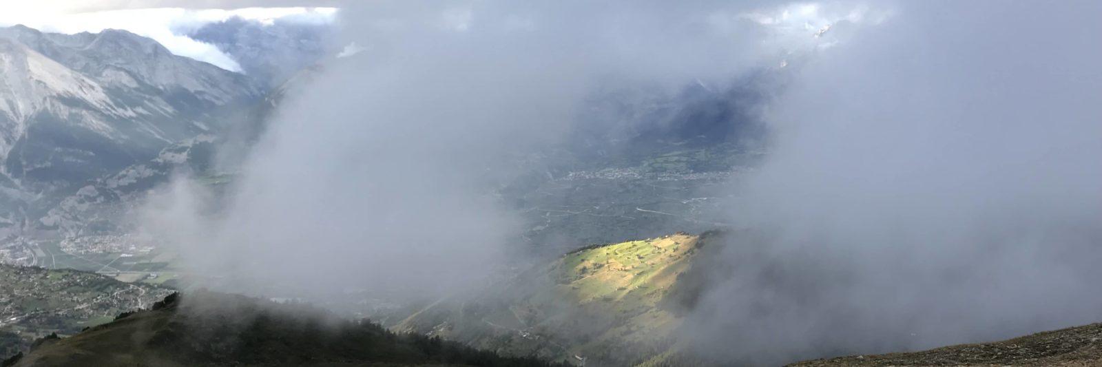 Brouillard sur les crêtes de Thyon et le Mont Rouge (rando)