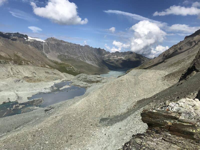 Vue sur le lac des Dix depuis le Pas de Chèvres