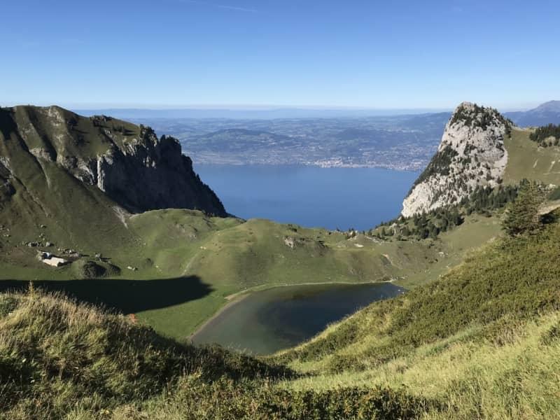 Lac de Lovenay et lac Léman