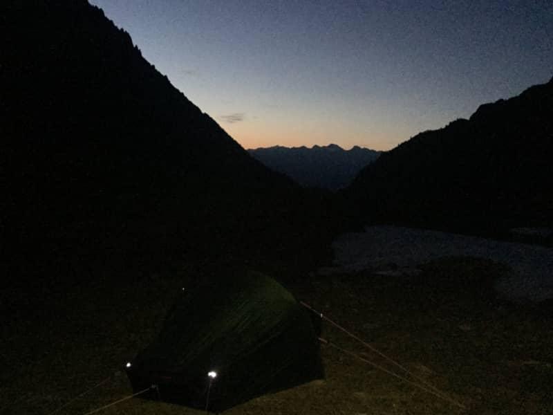 Une nuit dans le vallon d'Emaney en Valais