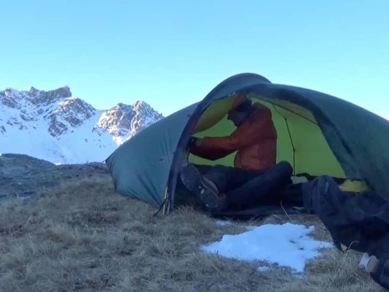 Bivouac hivernal au pied du Toûno en Valais