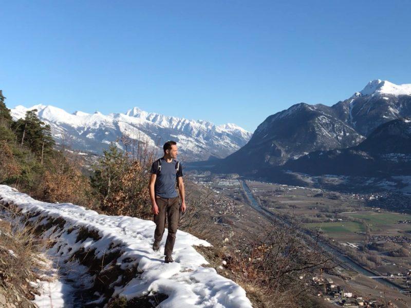 Vue sur la plaine du Rhône depuis le bisse
