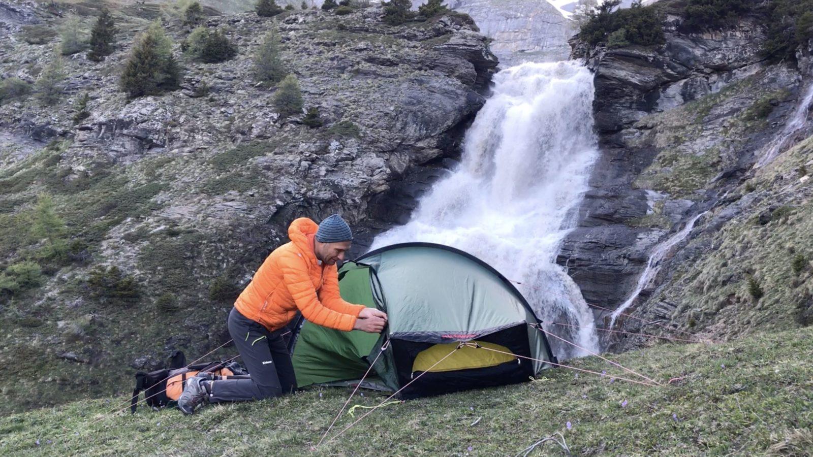 Quel point commun entre bivouac en montagne et médias ? 2