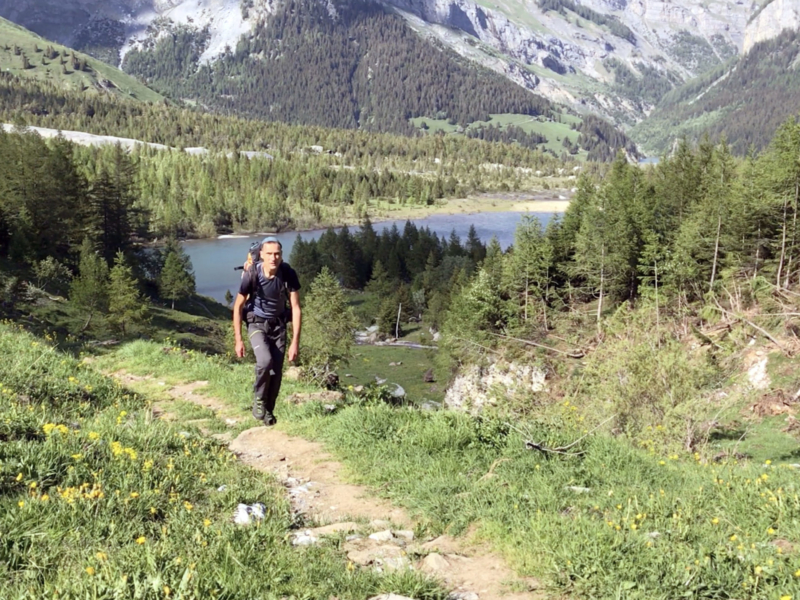 Vue sur la lac de Derborence en montant du l'alpage de Dorbon