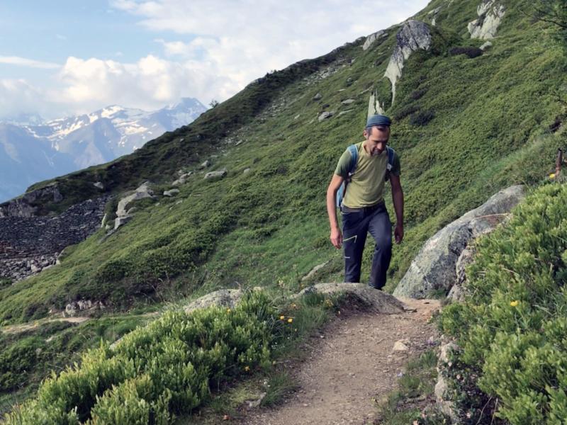 Sentier de montée vers Fiescherhorli