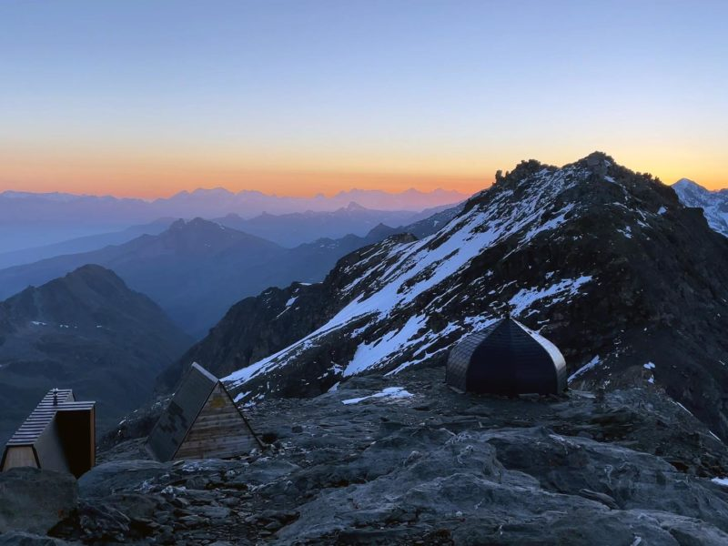Refuge-igloo des Pantalons Blancs : une nuit en altitude 14